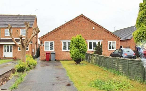 3 Bedrooms Semi Detached Bungalow for sale in Pasture Road South, Barton-upon-Humber, Lincolnshire