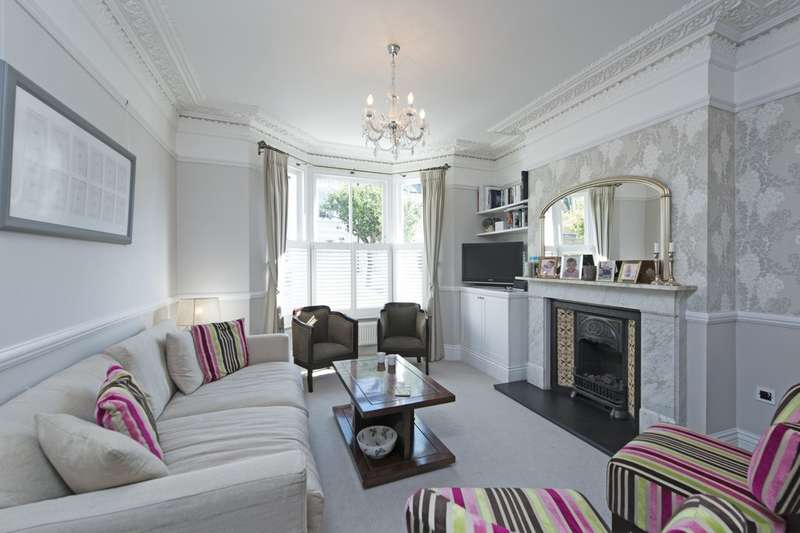 5 Bedrooms Terraced House for sale in Salcott Road, Battersea, London