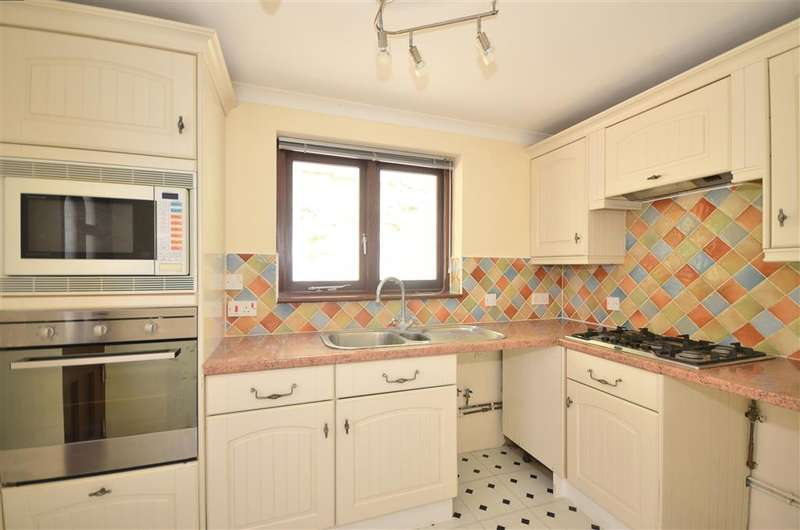 3 Bedrooms Detached House for sale in Gills Cliff Road, Ventnor, Isle of Wight