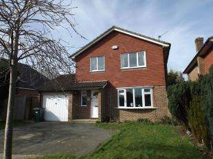 4 Bedrooms Detached House for sale in Monks Way, Northiam, Rye, East Sussex