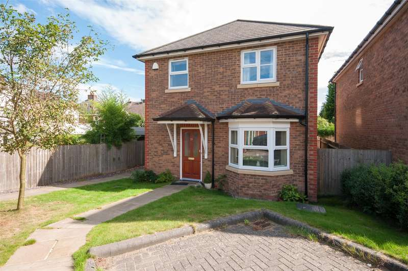 3 Bedrooms Detached House for sale in Temple Wood Drive, Redhill, RH1