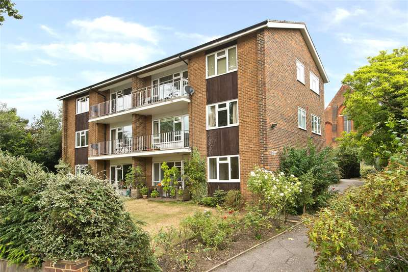 2 Bedrooms Flat for sale in Vincent Court, Denmark Avenue, London, SW19