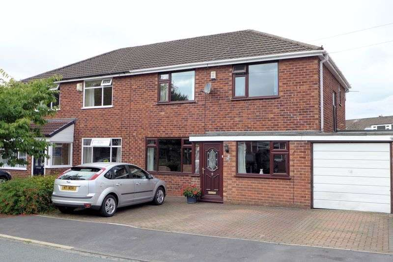 3 Bedrooms Semi Detached House for sale in Ladybridge Avenue, Worsley, Manchester