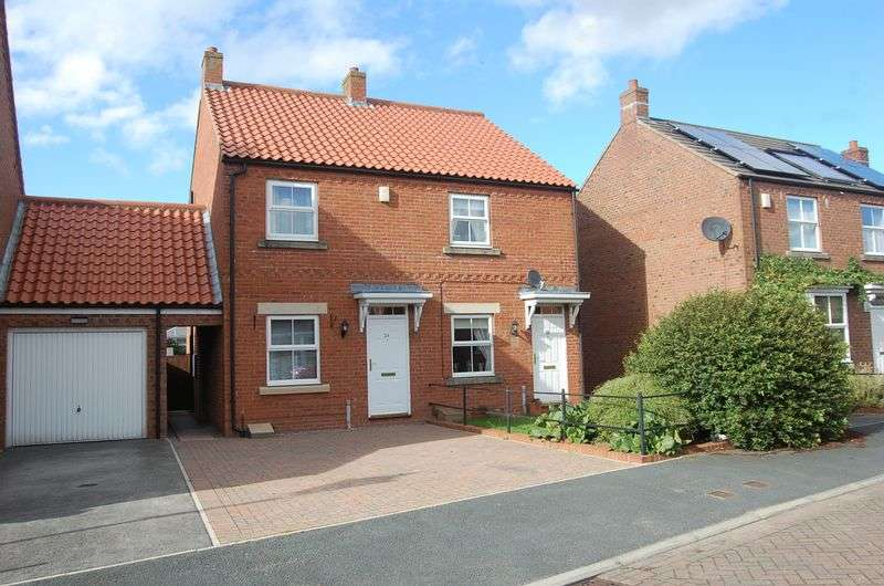 2 Bedrooms Semi Detached House for sale in Linen Way, Northallerton