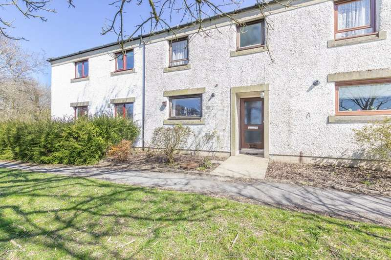 3 Bedrooms Terraced House for sale in 7 School Knott Drive, Windermere