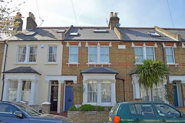 3 Bedrooms Terraced House for sale in Haliburton Road, St Margarets, Twickenham