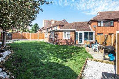 3 Bedrooms Bungalow for sale in Wharfedale, Luton, Bedfordshire