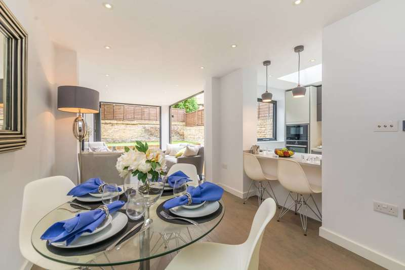 3 Bedrooms Maisonette Flat for sale in Ashmore Road, Maida Hill, W9