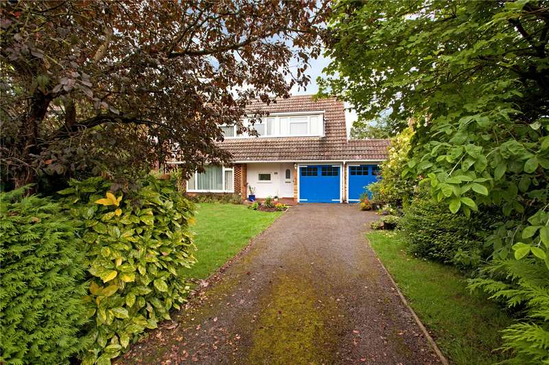 3 Bedrooms Detached House for sale in Stewart Close, Fifield, Maidenhead, Berkshire, SL6