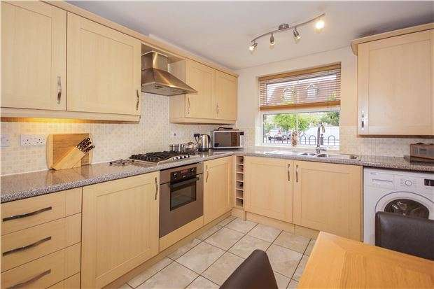 4 Bedrooms End Of Terrace House for sale in Trescothick Drive, Oldland Common, Bristol, BS30 9TB