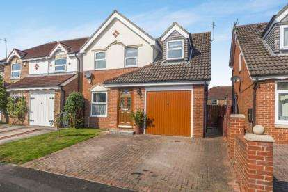 3 Bedrooms Detached House for sale in Heathfield Park, Middleton St. George, Darlington, Durham