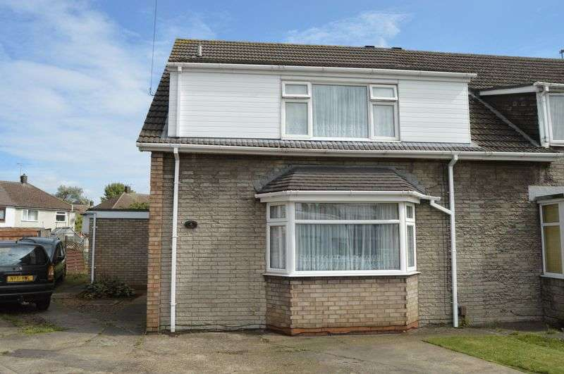 3 Bedrooms Semi Detached House for sale in Leamington Close, Scunthorpe