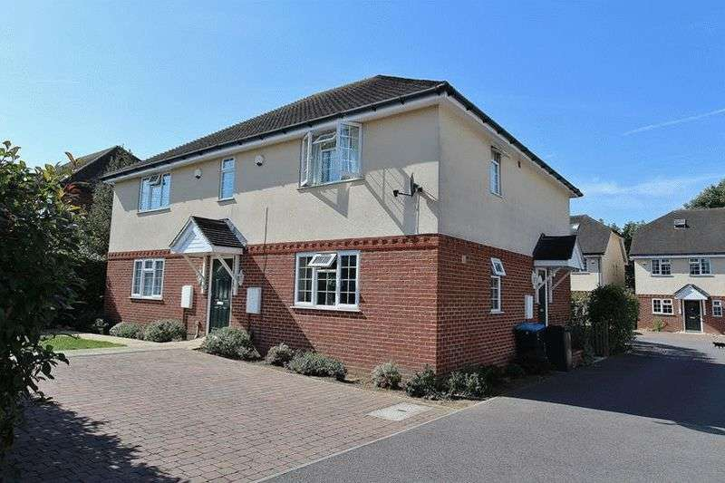 1 Bedroom Maisonette Flat for sale in 1 Hawthorn Close, Warlingham