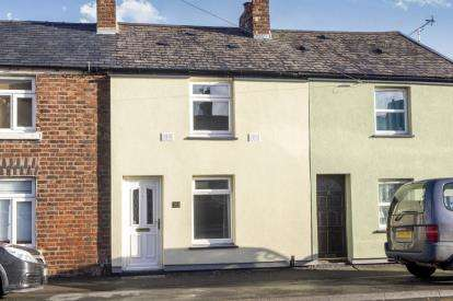 2 Bedrooms Terraced House for sale in Chester Road, Flint, Flintshire, CH6