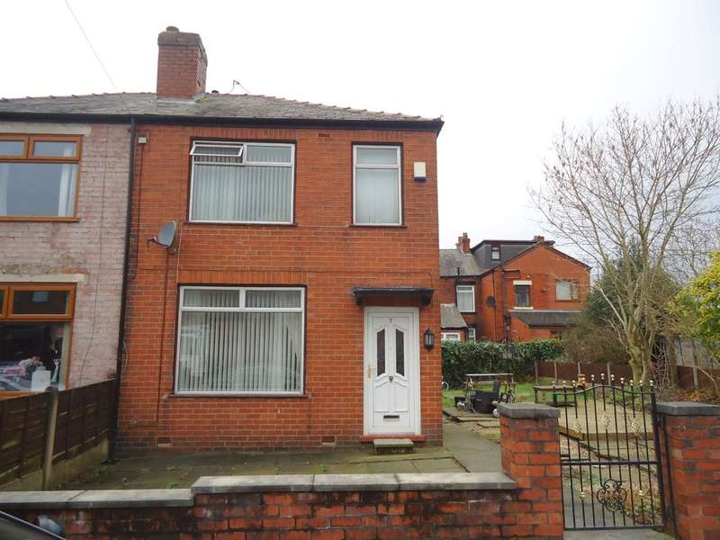 3 Bedrooms Semi Detached House for sale in Clifton Road, Middleton, M24