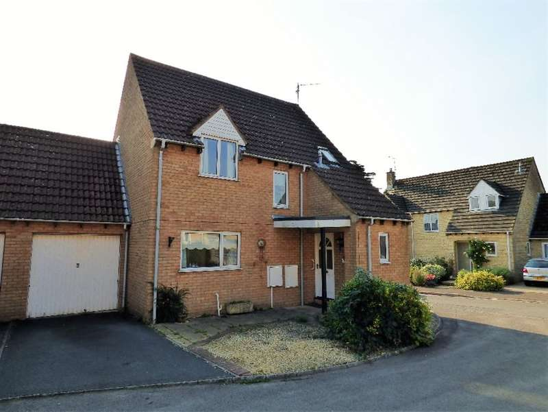 3 Bedrooms Detached House for sale in Roberts Close, Cirencester
