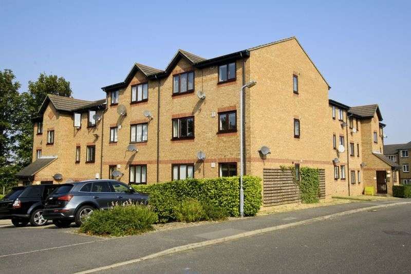 2 Bedrooms Flat for sale in Bernard Ashley Drive, Charlton