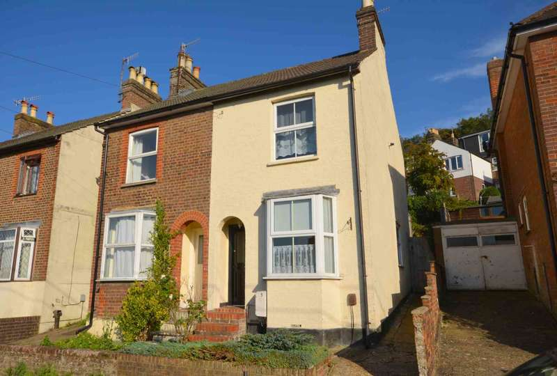 2 Bedrooms Semi Detached House for sale in Kirtle Road, Chesham HP5
