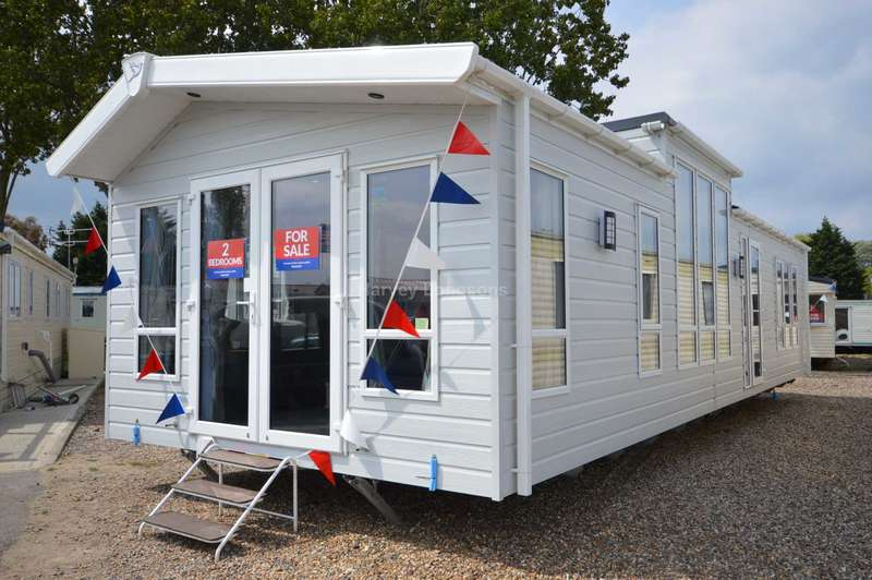 2 Bedrooms Caravan Mobile Home for sale in Steeple Bay Holiday Park, Canney Road, Steeple, Southminster