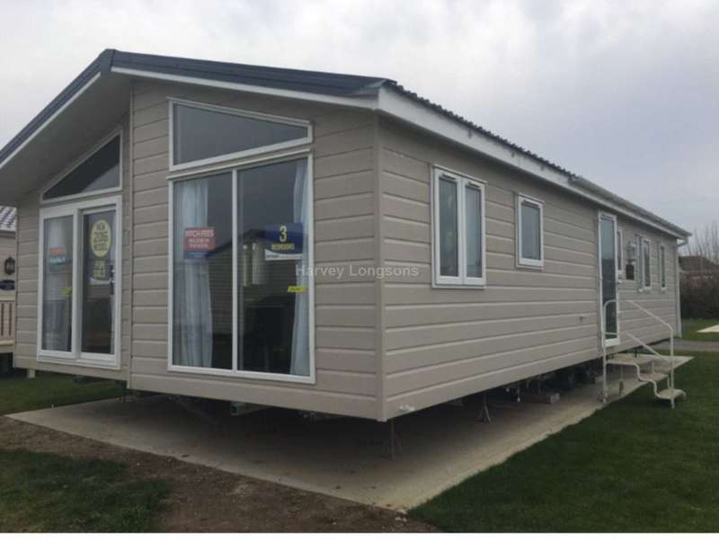 Lodge Character Property for sale in Oaklands Holiday Park, Colchester Road, Nr Clacton-On-Sea