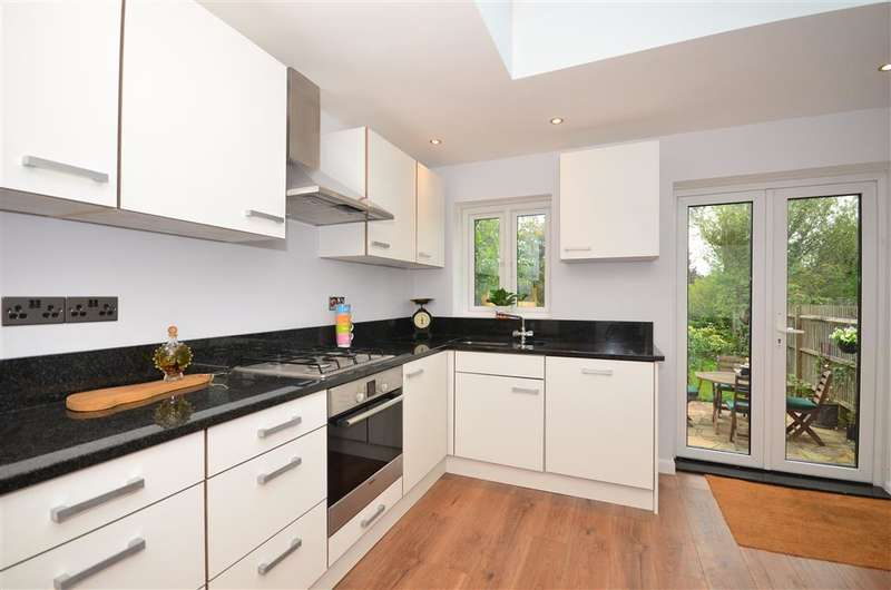 3 Bedrooms Terraced House for sale in Monkswell Lane, Chipstead, Coulsdon, Surrey