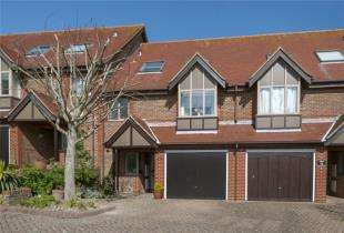 4 Bedrooms Terraced House for sale in Rottingdean Place, Falmer Road, Rottingdean, Brighton