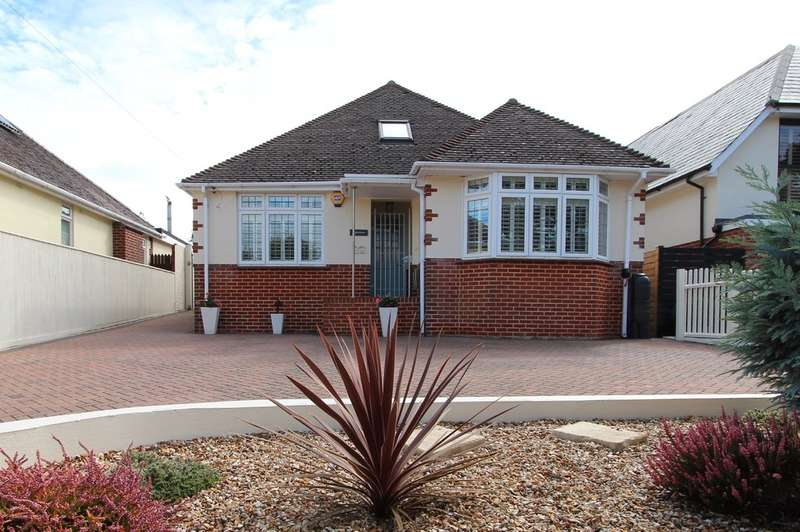4 Bedrooms Detached Bungalow for sale in FRIARS CLIFF