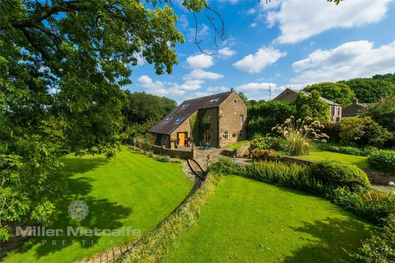 4 Bedrooms Barn Conversion Character Property for sale in Long Lane, Limbrick, Chorley, Lancashire