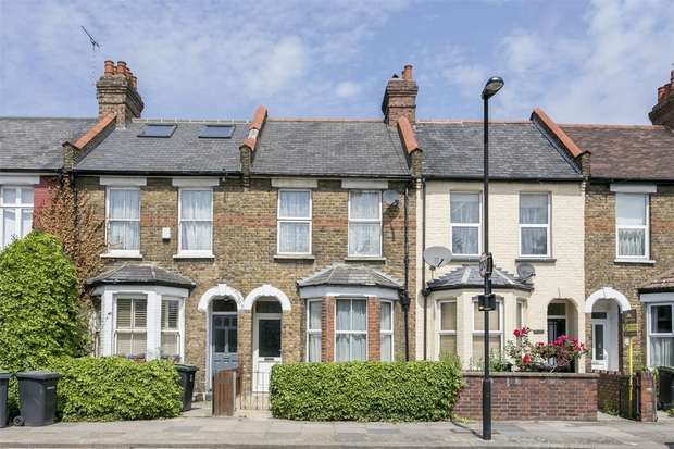 2 Bedrooms Terraced House for sale in Norman Avenue, Wood Green, N22