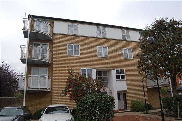 1 Bedroom Flat for sale in Lindholme Court, Pageant Ave, NW9 5LZ