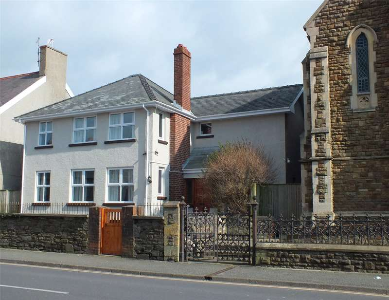 4 Bedrooms Detached House for sale in Priory Road, Milford Haven, Pembrokeshire