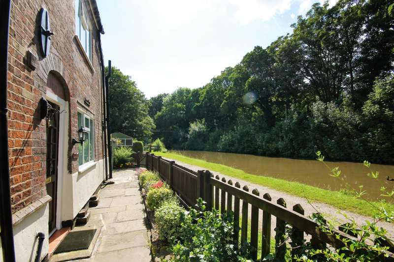 2 Bedrooms Cottage House for sale in Hillside Cottages, Northwich, CW9
