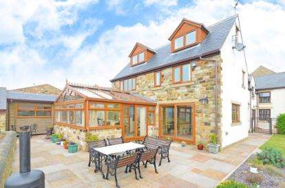 3 Bedrooms Semi Detached House for sale in High Lane Farm, High Lane, Sheffield, Derbyshire