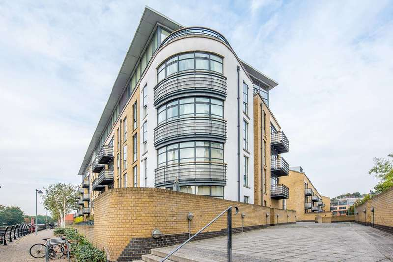 1 Bedroom Flat for sale in Ferry Quays, Brentford, TW8