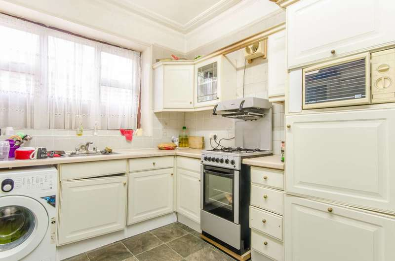 6 Bedrooms Terraced House for sale in Kings Road, Willesden Green, NW10