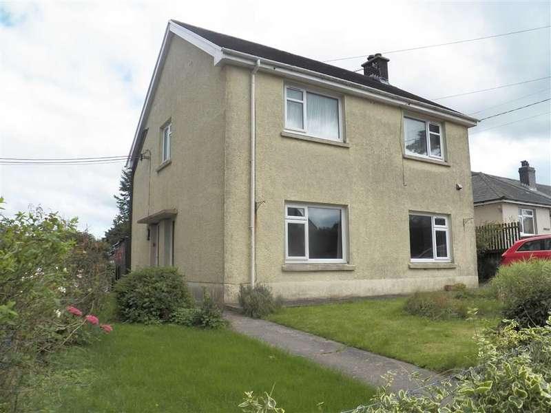 1 Bedroom Flat for sale in Bro Ffynnon, PENTREGAT
