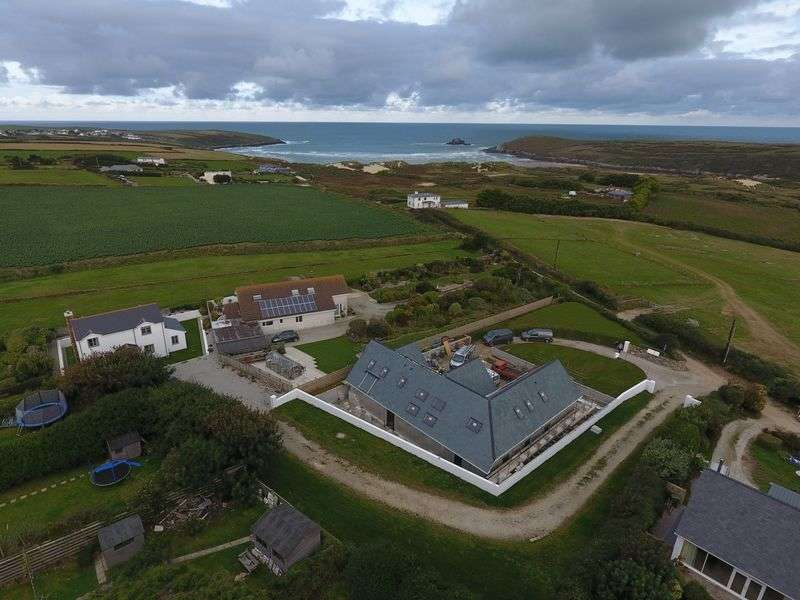 5 Bedrooms Detached House for sale in Green Lane, Crantock