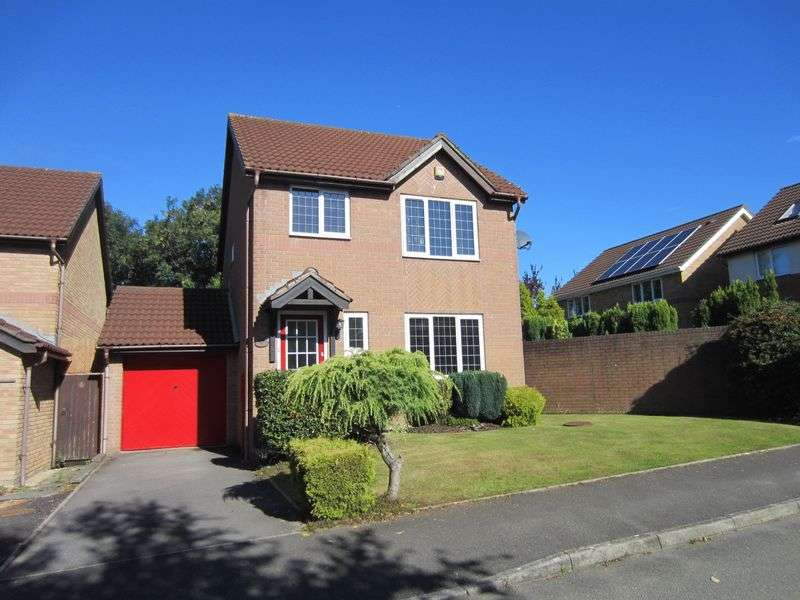3 Bedrooms Detached House for sale in Heol Collen Parc Y Gwenfo Cardiff CF5 5TY