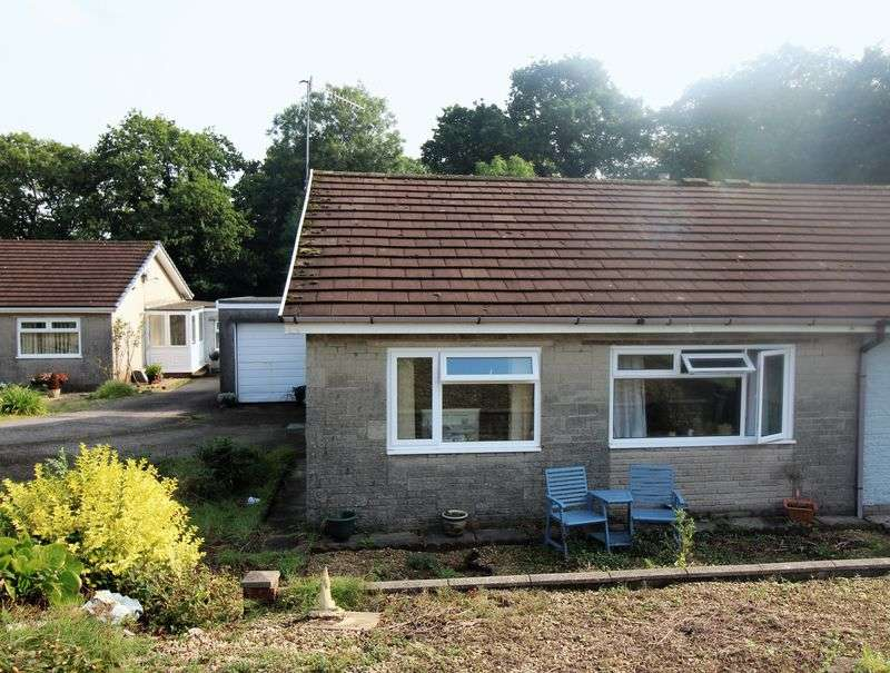 2 Bedrooms Bungalow for sale in Heol Isaf, Pontypool
