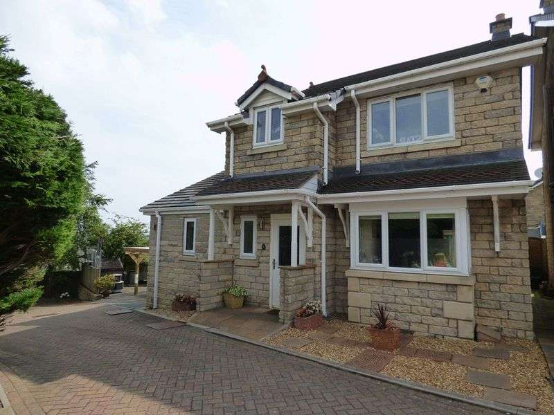 4 Bedrooms Detached House for sale in Hutton Gardens, Warton