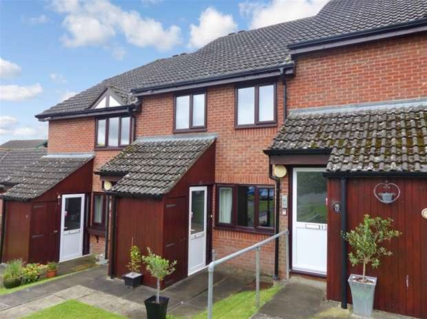 1 Bedroom Flat for sale in Flers Court, Warminster
