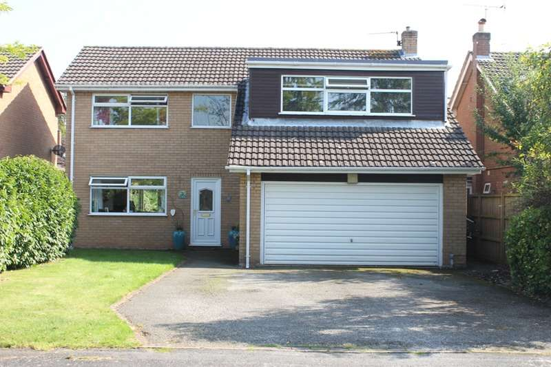 4 Bedrooms Detached House for sale in Mollington Court, Mollington, Cheshire, CH1