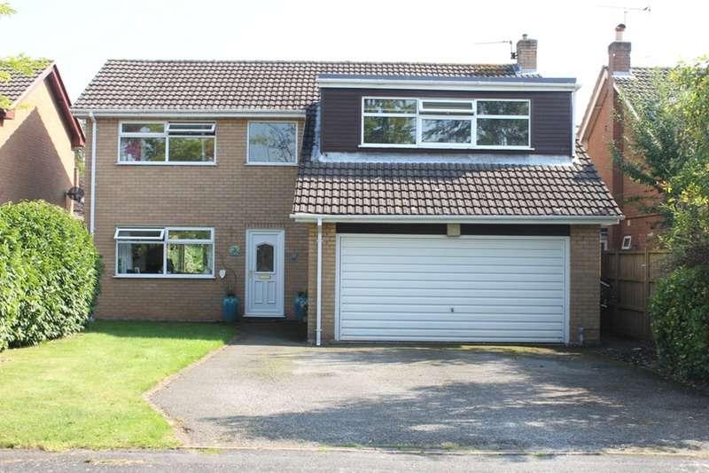 4 Bedrooms Detached House for sale in Mollington Court, Mollington, Cheshire, CH1