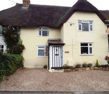 3 Bedrooms Terraced House for sale in Milborne Port, Sherborne, Somerset