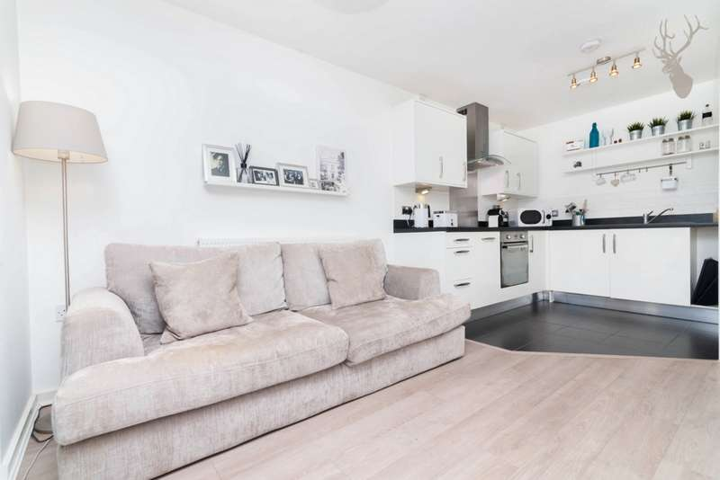 1 Bedroom Flat for sale in William Beveridge House, Vernon Road, Bow, E3