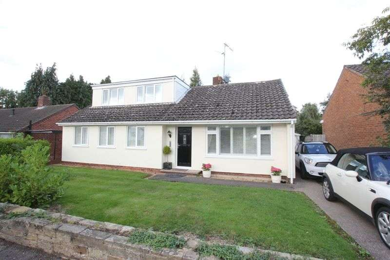 4 Bedrooms Detached Bungalow for sale in Allans Meadow, Little Neston, Wirral