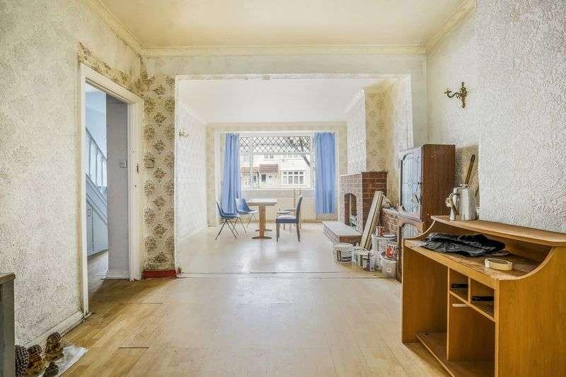 4 Bedrooms Terraced House for sale in Braeside Road, London