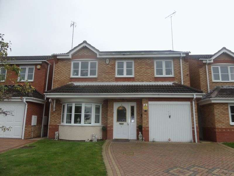 4 Bedrooms Detached House for sale in Chester Road, Rugeley