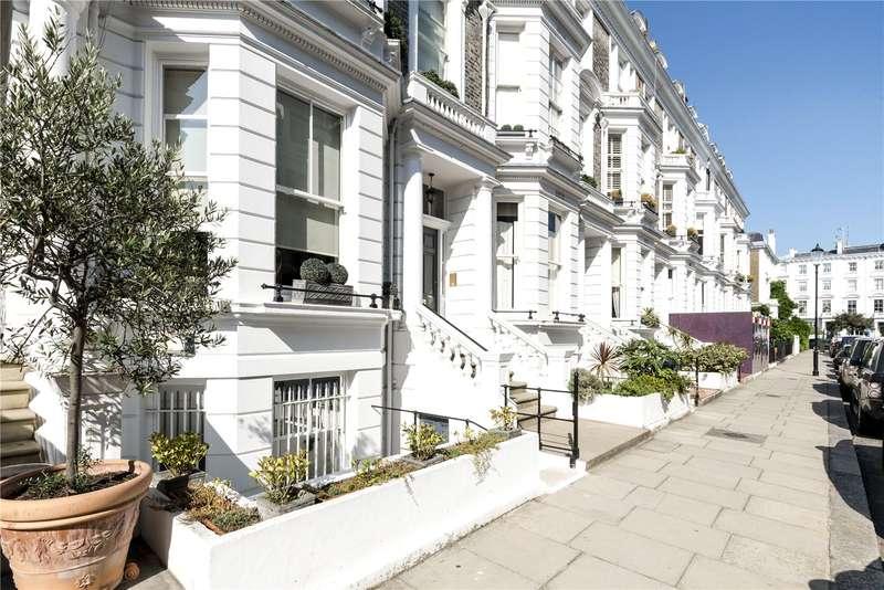 4 Bedrooms Flat for sale in Stafford Terrace, London, W8
