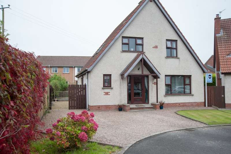 4 Bedrooms Detached House for sale in Tadworth, Bangor, County Down, BT19